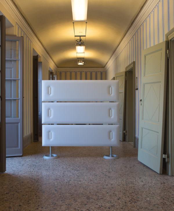 b ro trennw nde organisationsw nde und b rotisch sichtschutz ideen. Black Bedroom Furniture Sets. Home Design Ideas
